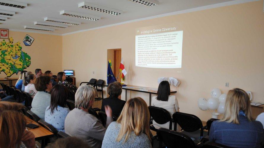 Dni Otwarte Funduszy Europejskich w Urzędzie Gminy w Dźwierzutach